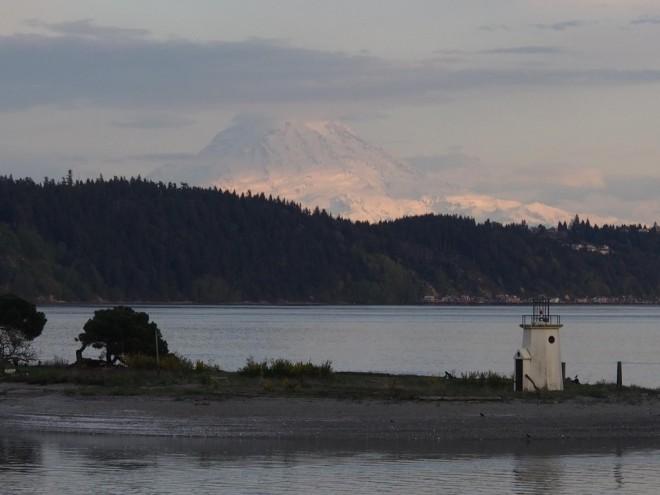 mount-rainier-from-gig-harbor-1024x768