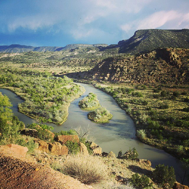 Rio Chama, Abiquiu, New Mexico | Photo: Tiffany Owens, ModernDayNomads.com
